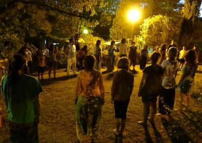 @Cantos y Danzas Circulares