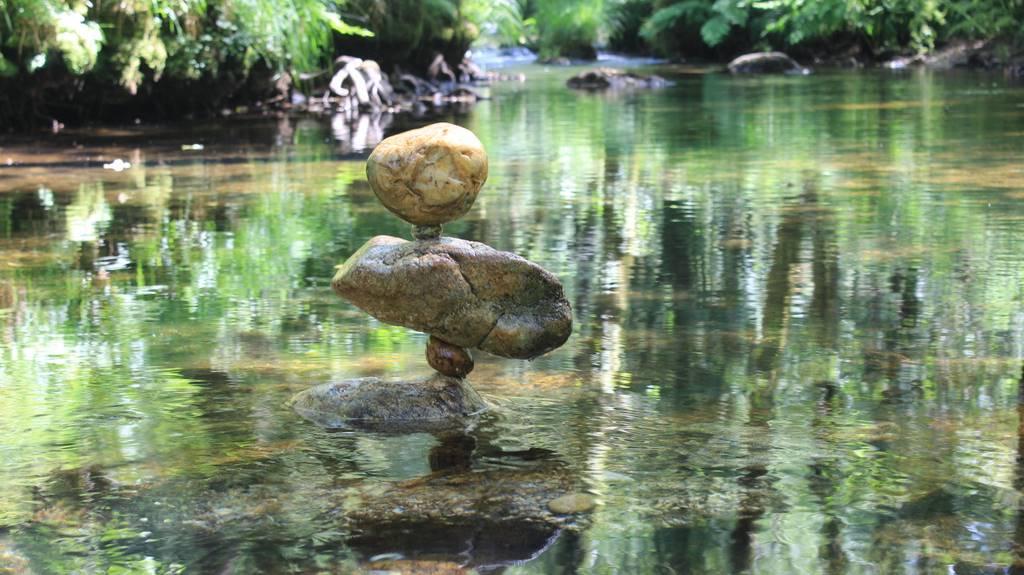 Stone Balancing, equilibrio y meditación con las piedras